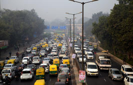 Private cars may be pulled off Delhi roads to tackle smog