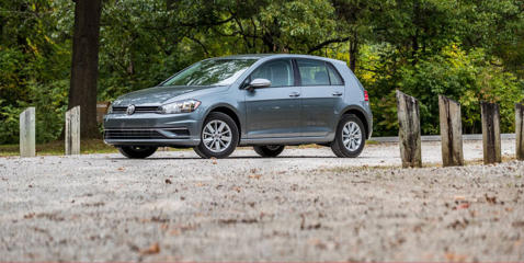A turbocharged 1.4-liter engine replaces the previous 1.8-liter in the 2019 VW Golf, but despite a loss of horsepower, the Golf doesn't suffer.