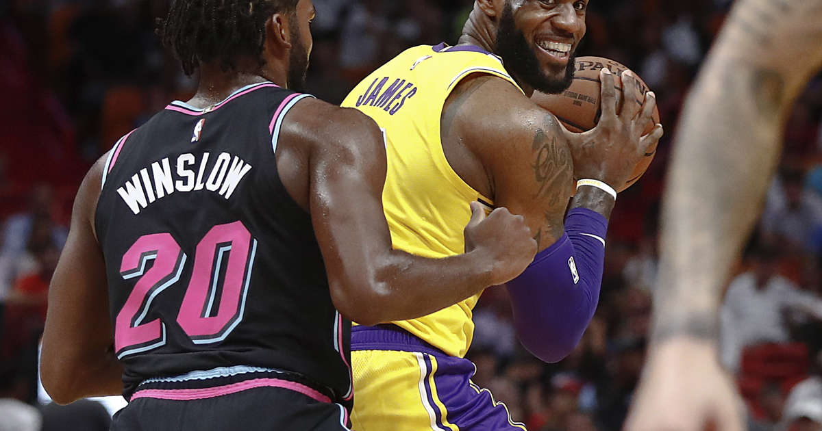 dae296bc3fbdd LeBron James erupts for season-high 51 points to lead Lakers past Heat