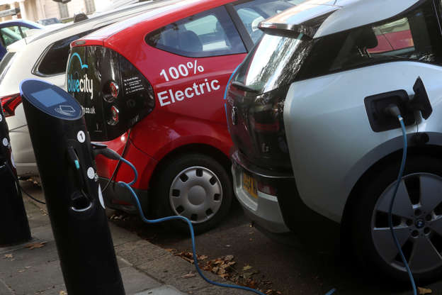 Around 16m Britons Can T Afford Electric Cars And That S Before The Government Slashed Grants To Help Drivers Them From October