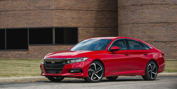 The Honda Accord Gets a Slight Price Hike for 2019