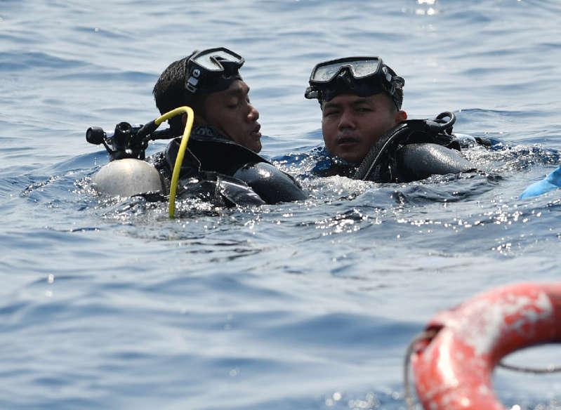 Seorang Penyelam Meninggal Saat Evakuasi Serpihan Pesawat Lion Air