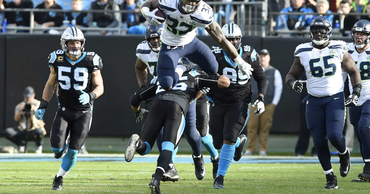 c9366774f Wilson leads Seahawks' rally in 30-27 win over Panthers