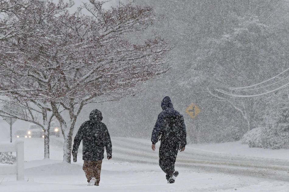Carolinas brace for heavy snow; 25 million in the South under winter weather alerts