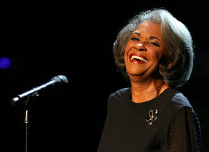 LOS ANGELES, CA - OCTOBER 28: Recording artisit Nancy Wilson performs during the Thelonious Monk Jazz Tribute Concert For Herbie Hancock at the Kodak Theatre on October 28, 2007 in Los Angeles, California. (Photo by Frederick M. Brown/Getty Images)