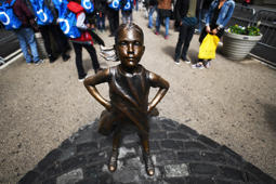 'Fearless Girl' statue relocated to the NYSE