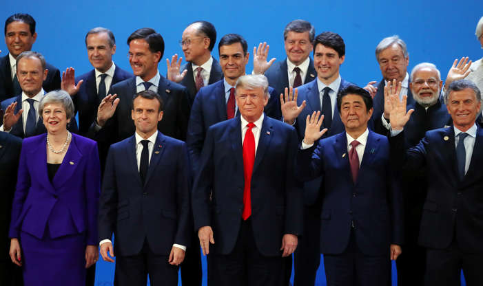 Diapositiva 2 de 55: Britain's Prime Minister Theresa May, French President Emmanuel Macron, U.S. President Donald Trump, Japanese Prime Minister Shinzo Abe, Argentina's President Mauricio Macri and G20 leaders pose for a family photo during the G20 summit in Buenos Aires, Argentina November 30, 2018.