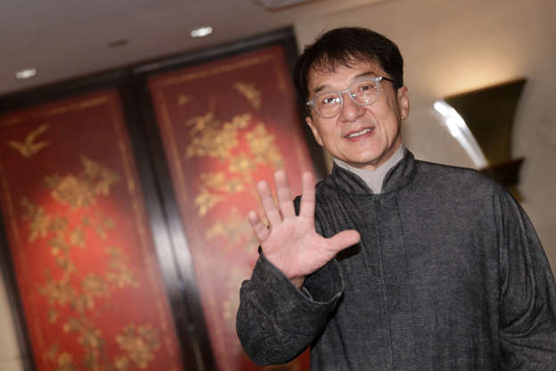 d6bb77d19 Jackie Chan admits to hitting son