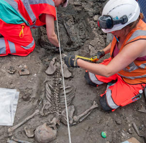 Archaeologists in London study the skeleton of an adult male in his early thirties whose remains lay undisturbed for more than 500 years.