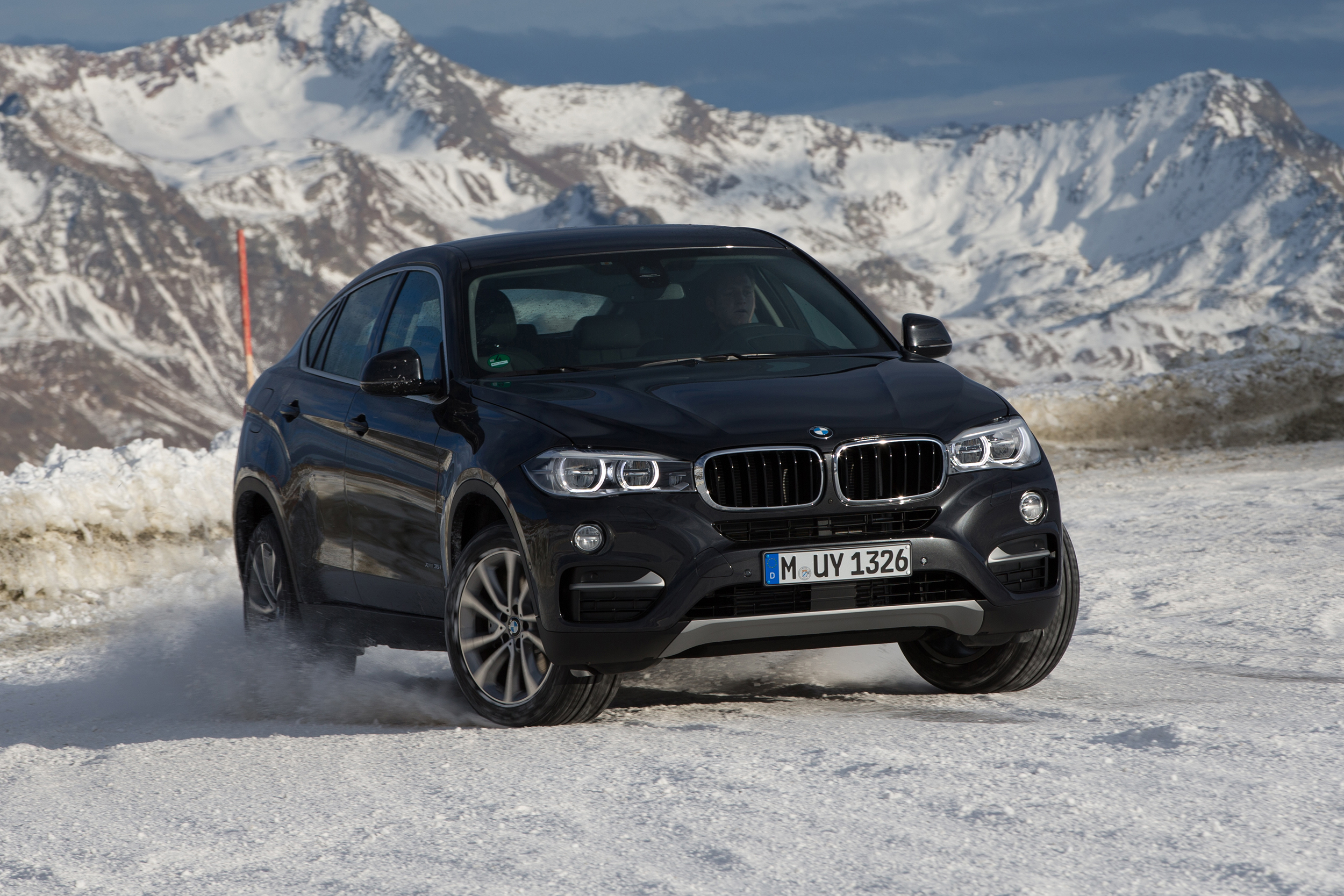 2019 BMW X6 Overview