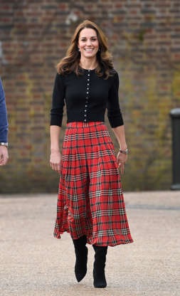 58370c0d2c Duchess ditches the signature dresses! Kate steals Meghan's style in ...