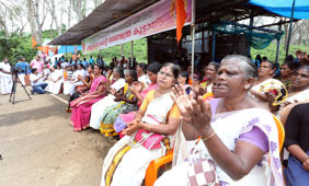 Sabarimala row: Kerala HC questions state on police report
