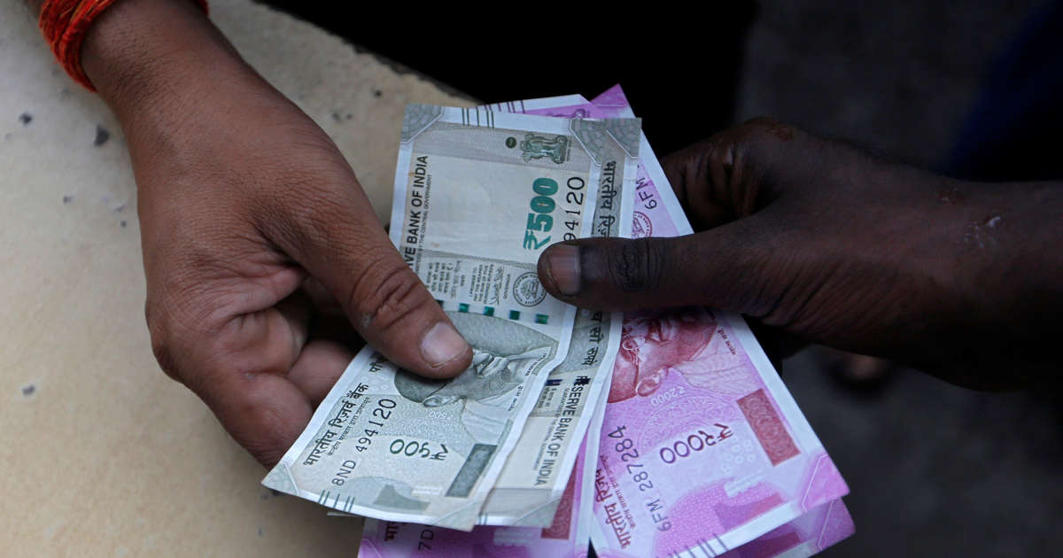 Nepal may lose Indian tourists after currency restriction