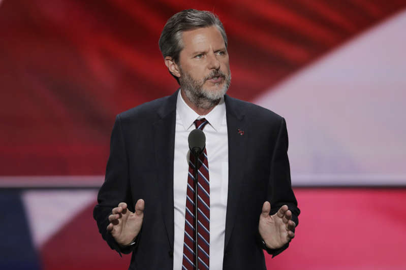 Evangelists Against Trump May Be 'Immoral': Falwell BBRH7Le