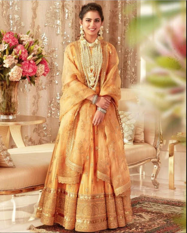 Isha Ambani is a princess in unseen pics from her haldi