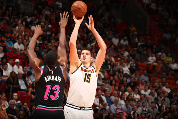 nikola jokic triple double