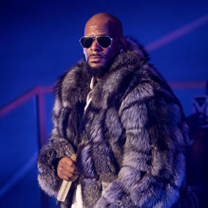 R. Kelly performs in concert