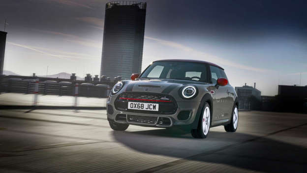 Mini Cooper Jcw Gets Meaner Cleaner For 2019