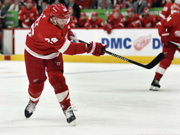 Detroit Red Wings Lack Of Goals Taking Toll On Thomas Vanek Teammates