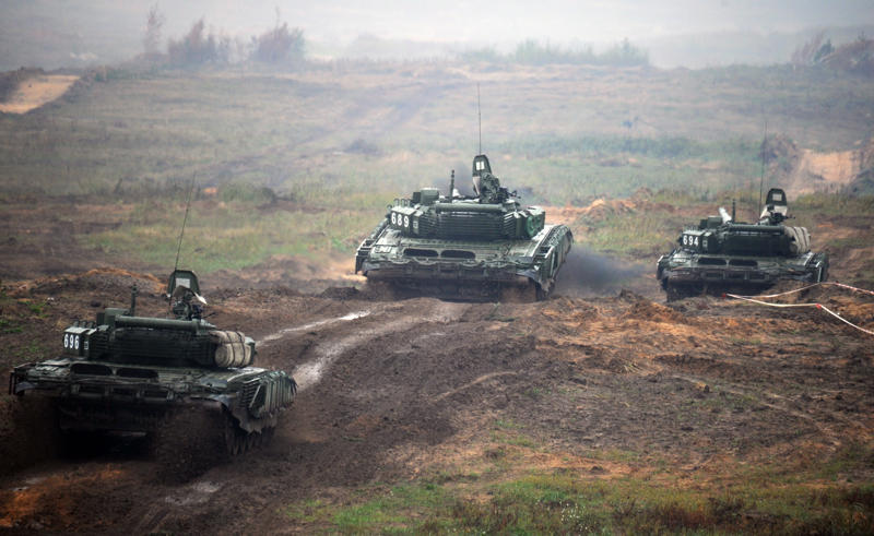 Tanks take part in the joint Russian-Belarusian military exercises Zapad-2017 (West-2017) at a training ground near the town of Borisov on September 20, 2017.