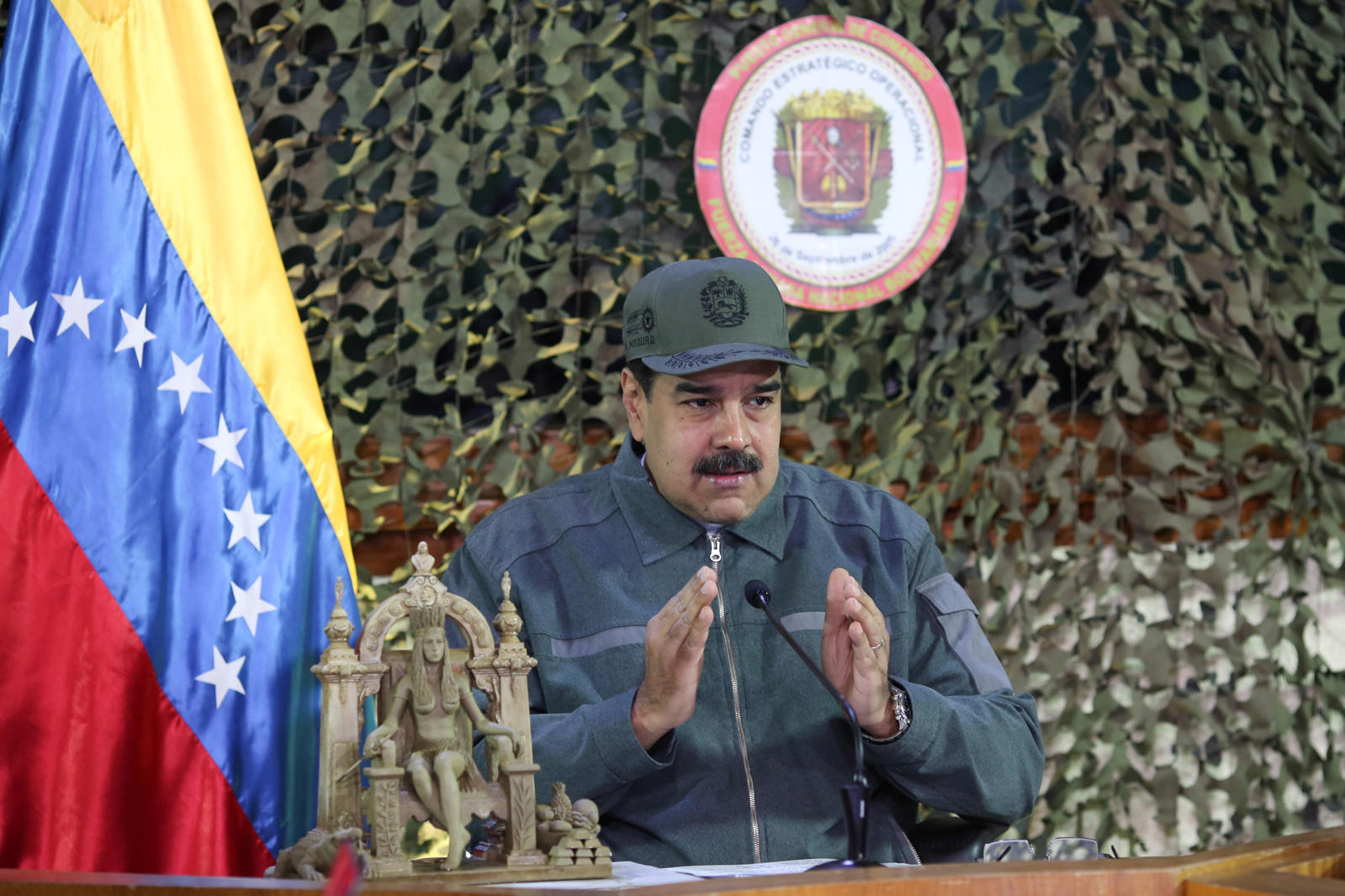 Venezuela's President Nicolas Maduro speaks during a meeting with military high command members in Caracas, Venezuela January 15, 2019. Miraflores Palace/Handout via REUTERS ATTENTION EDITORS - THIS PICTURE WAS PROVIDED BY A THIRD PARTY.