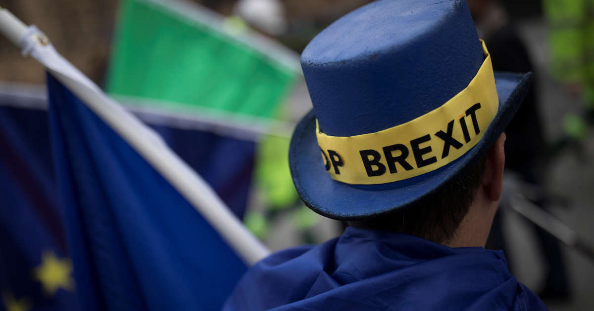 535692d423087 Delay Brexit and make time to consult the public