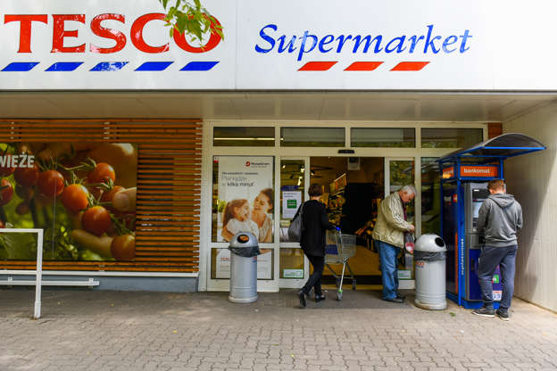Tesco to 'axe up to 15,000 jobs and close meat, fish and