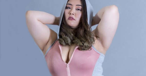 5cd1e55c15 This South Korean model is out to smash unrealistic beauty ideals