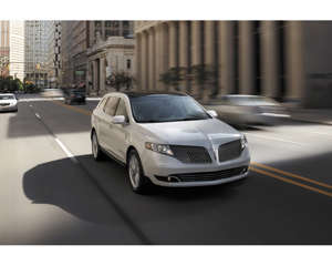 Research 2019                   Lincoln MKT pictures, prices and reviews