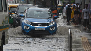 Jams in Delhi after heavy rain, hailstorm during rush hour