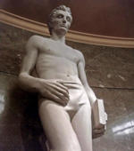 Babe Lincoln! Shirtless Abraham Lincoln statue steams up social media