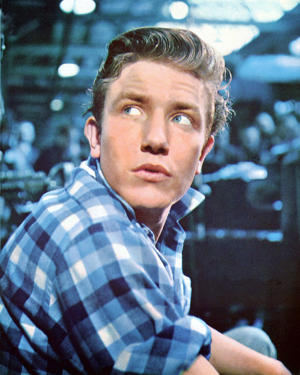 English actor Albert Finney as factory worker Arthur Seaton in the film 'Saturday Night and Sunday Morning', 1960.