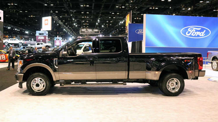 Ford Says Its New 7 3 Liter V8 Can Fit In The F 150 Mustang