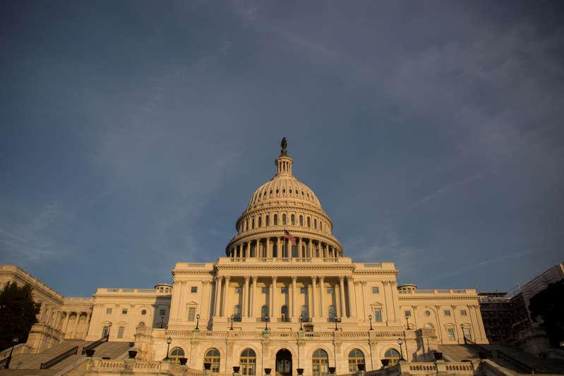 文件:2019年2月5日在华盛顿特区看到的美国国会大厦。 (照片来自Zach Gibson / Getty Images)