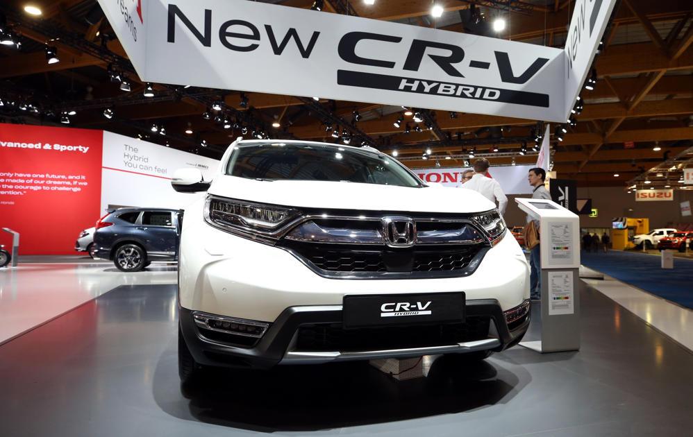 Honda Cr V Review Petrol Or Hybrid