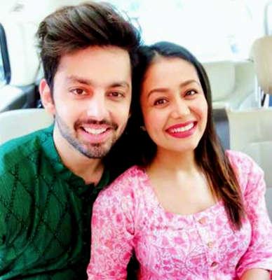 Neha Kakkar defends ex-boyfriend Himansh Kohli: I'm hurt but