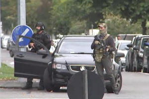 New Zealand special forces arriving outside the mosque following a shooting in Christchurch.