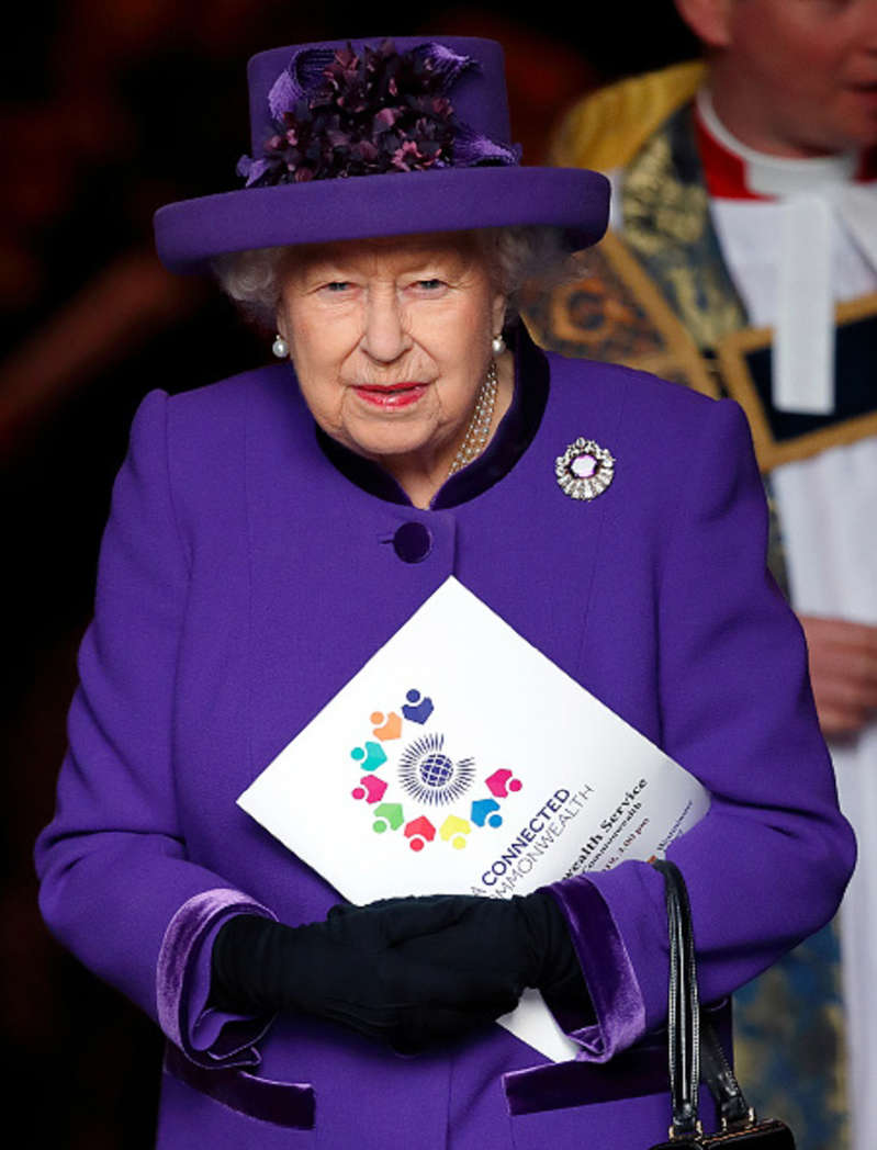 Queen offers condolences to people of New Zealand following mosque shootings