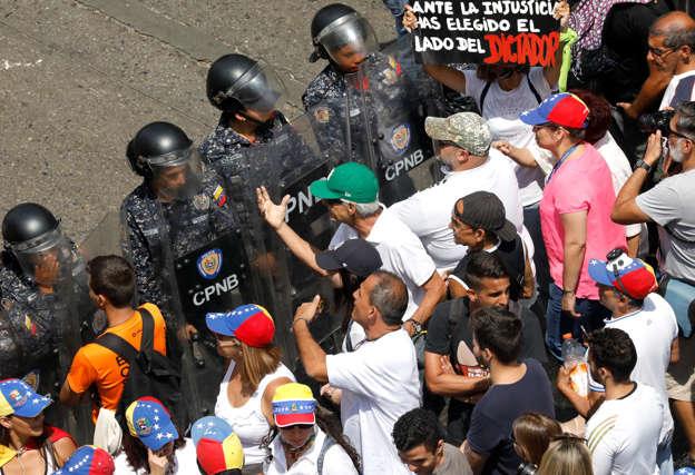polish journalist beatenvenezuelan police - press union