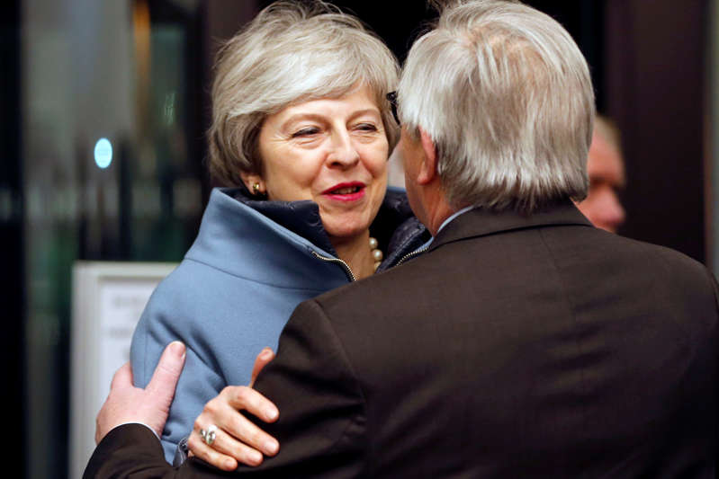 European Commission President Jean-Claude Juncker welcomes British Prime Minister Theresa May in Strasbourg, France March 11, 2019. REUTERS/Vincent Kessler/Pool