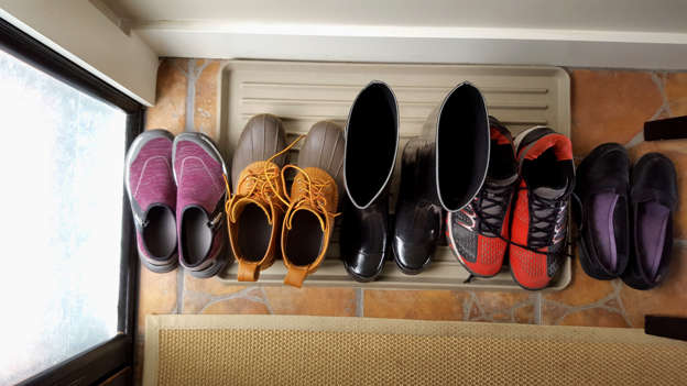 cfa548940964 Here's Why You Should Take Off Your Shoes When Entering Your Home