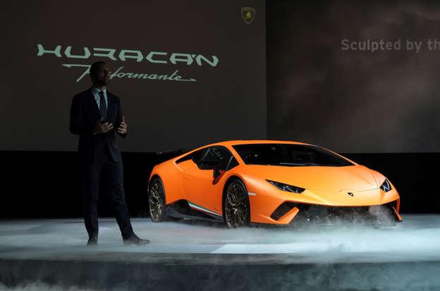 Bitcoin Tycoon Crashes His 270 000 Purple Lamborghini Into A Ditch
