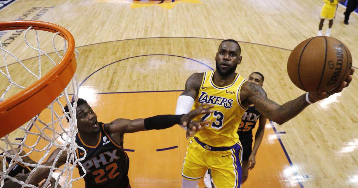 d0c84c9ad42 Opinion  Lakers  playoff hopes are over after sorry loss to league-worst  Suns