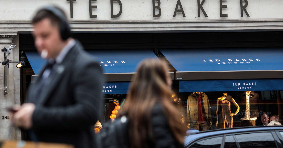 db547f1da99904 Ted Baker boss Ray Kelvin quits after  forced hugging  claims
