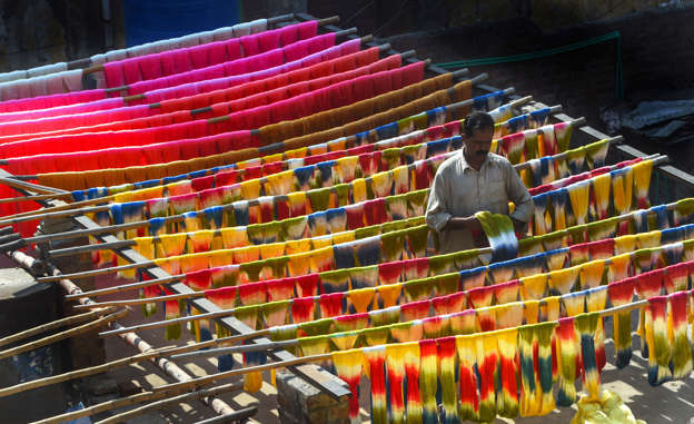 Prudent policies help Pakistan's textile sector pick up pace