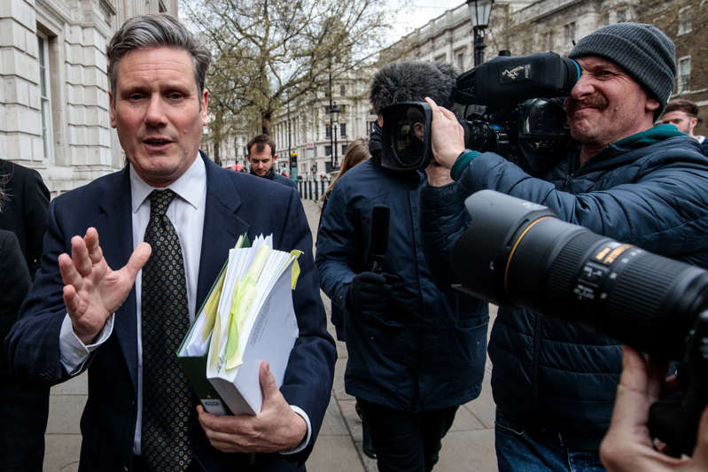 LONDON, ENGLAND - APRIL 04: Shadow Brexit Secretary Keir Starmer leaves the Cabinet Office in Westminster on April 4, 2019 in London, England. British Prime Minister Theresa May continues talks with Labour leader Jeremy Corbyn today to try to agree a compromise Brexit deal. (Photo by Jack Taylor/Getty Images)
