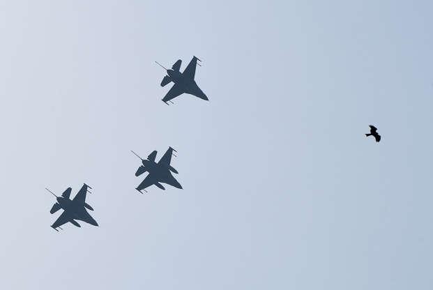 India Insists It Shot Down Pak F-16, U S  Report Denies