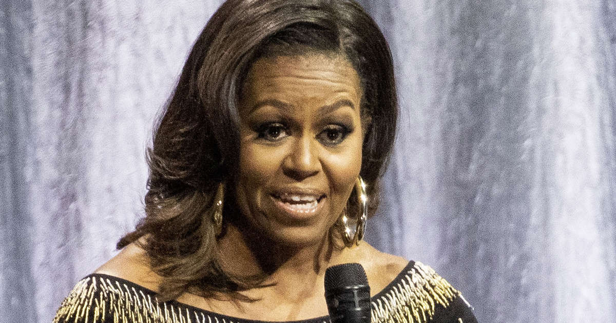 Michelle Obama gets rock star reception at London O2 interview