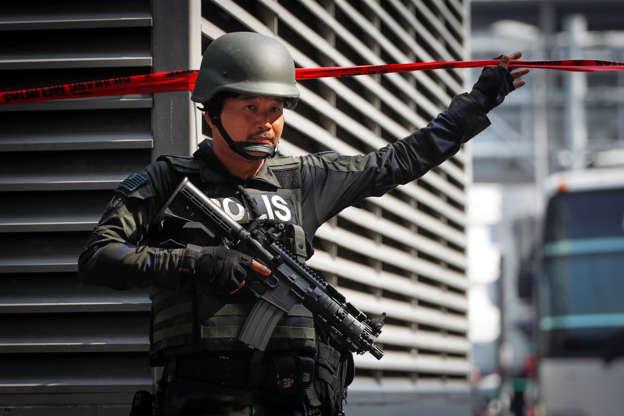 Cops arrest 22 GROs after KL karaoke raid