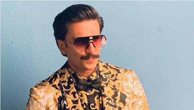 094873148e24 Ranveer Singh is a die-hard Versace fan. Here is how you can get the look